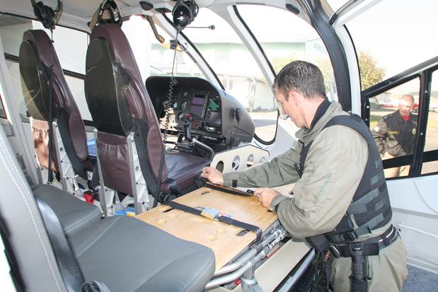 EC130 do GRAer/PR utiliza kit aeromédico desenvolvido pela Helibras. Foto: Gerson Klaina/O Estado.