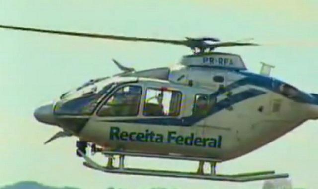 helicóptero equipado com duas câmeras e infravermelho para visualização noturna