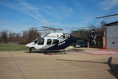 A empresa Bell Helicopter anunciou a entrega do primeiro helicóptero 429 com uma configuração multi-missão para o condado de Fairfax, na Virgínia/EUA.  Este é o primeiro de dois 429 encomendados à Bell e que serão entregues ao condado de Fairfax. A próxima aeronave deverá ser entregue no segundo trimestre de 2012.