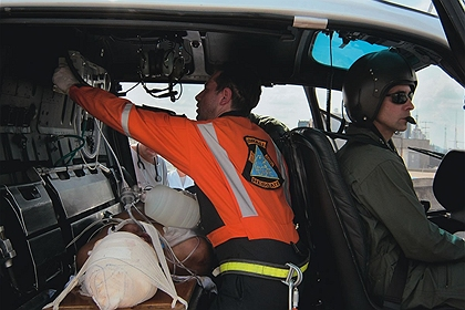 Hospital aéreo: algumas das aeronaves funcionam como UTI móvel. Foto: Antonio Milena