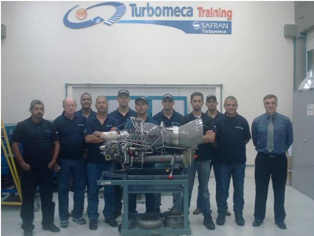 GRAer/GO enviou ao Centro de Treinamento da Turbomeca Brasil, fabricante do motor a reação Arriel, na cidade de São José dos Campos – SP, quatro de seus mecânicos para a realização do Curso de 1º Escalão do Motor Arriel 1, utilizado em uma de nossas aeronaves, o Falcão 01, que é operado pela Polícia Militar de Goiás desde 1982.