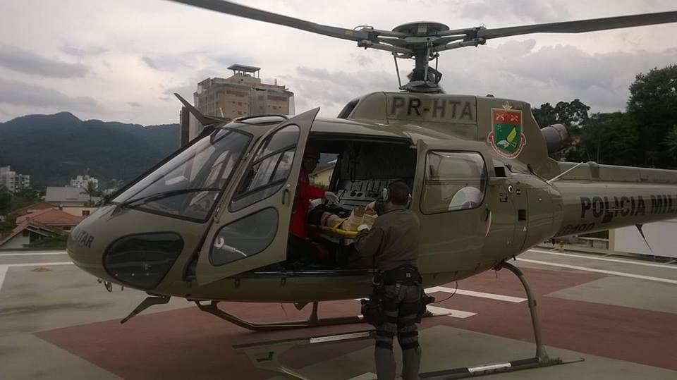 Águia 01 resgata criança atropelada em Jaraguá do Sul