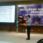 Palestra sobre Operações Aéreas em Áreas Conflagradas, palestrante Cap PMERJ Leitão.