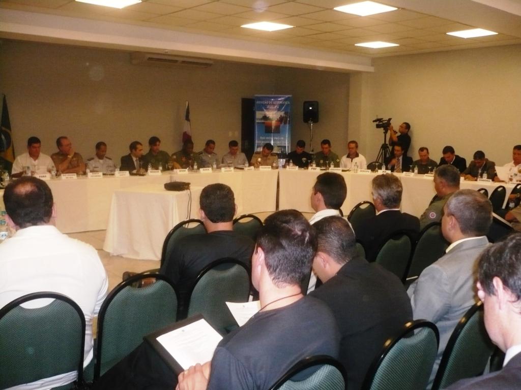 Conselho Nacional de Aviação de Segurança Pública.