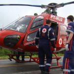 Helicóptero do Corpo de Bombeiros/Samu foi acionado para atender uma pessoa em estado grave | Foto: Luiz Jr/VIP Social