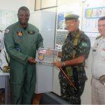 General-de-Divisão Racine Bezerra Lima Filho recebe homenagem do Comando da PMBA e GRAER