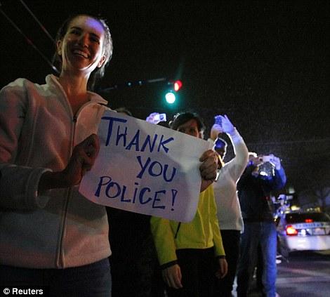 Apoio da população aos policiais