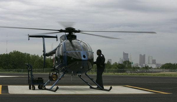 Frota de aeronaves da polícia é proibida de voar por problemas de manutenção, em Columbus. Ohio/EUA