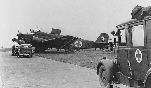 Junker JU.52/3M ambulância. Sistema do Serviço de Saúde Alemã, Remoção aérea na II Grande Guerra.
