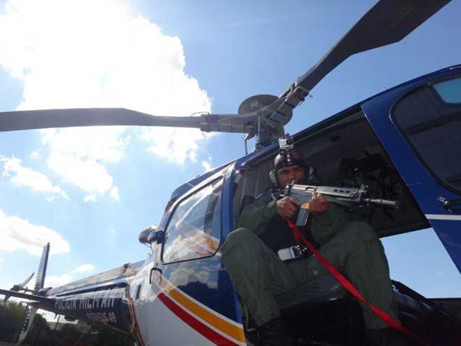 Cerco a Kadet que furou bloqueio - Mais uma vez o helicóptero foi essencial