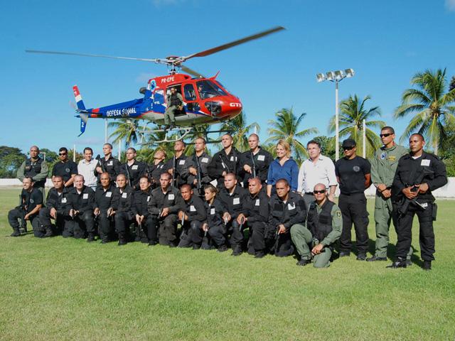 Helicóptero-treinamento-Acadepol-10.12.2013-410