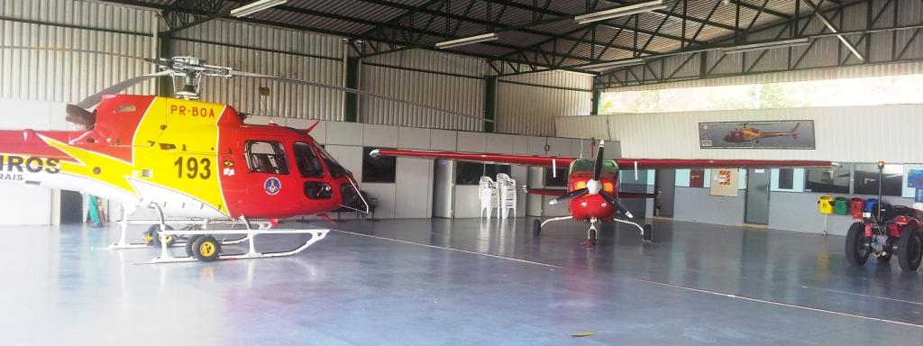 """Atualmente, o BOA conta com uma frota de dois helicópteros AS350B2 VEMD e um avião Cessna 210L Centurion, todos com o já famoso e tradicional nome de chamada """"Arcanjo""""."""