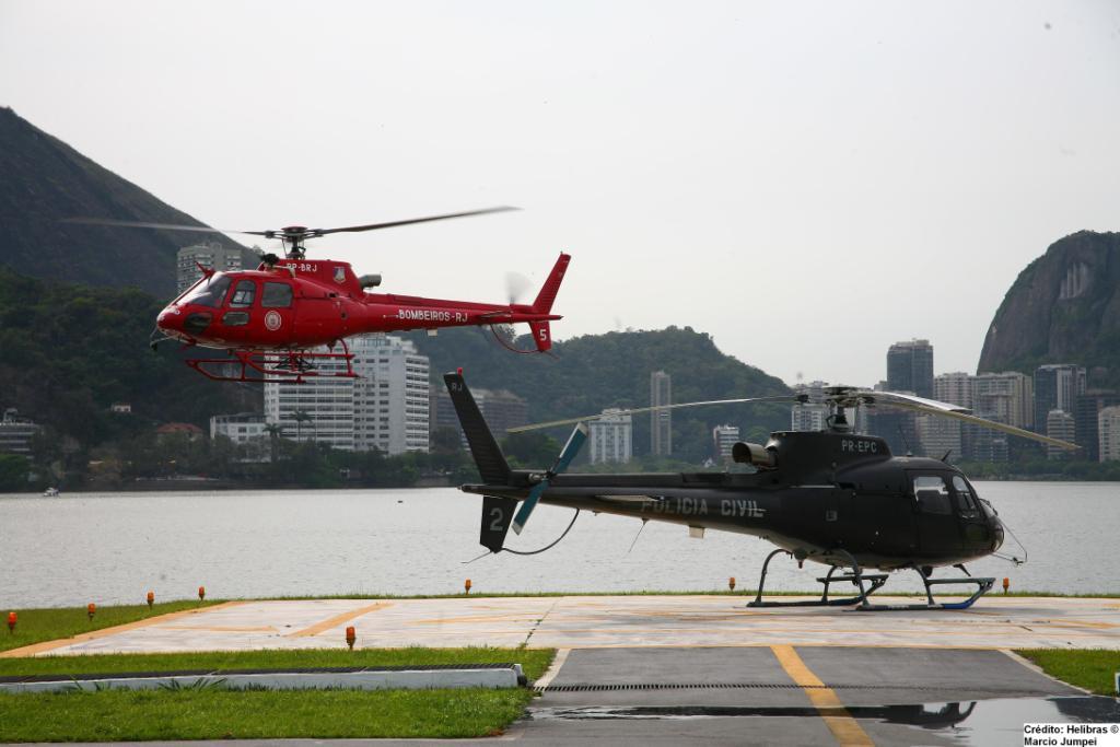 helicópteros AS350 do Bombeiro e Polícia Civil do RJ
