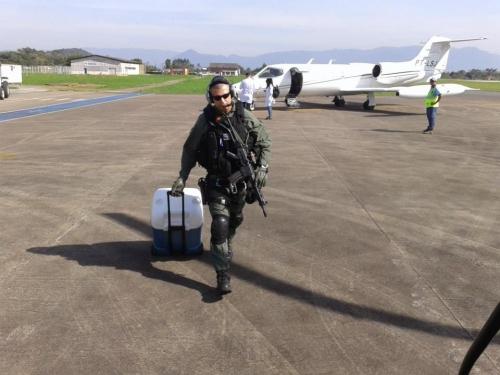 Equipe do helicóptero Águia levou o órgão até o Aeroporto de Joinville, de onde foi levado para São Paulo.
