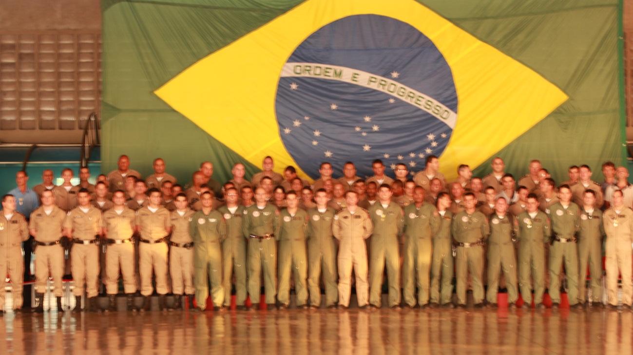 Policial Militar de Minas Gerais comemora o dia do policial militar ... b1523a1046c