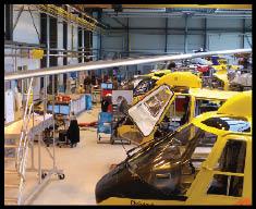 Helicópteros do ADAC recebem serviços de manutenção. Foto: Andrew Drwiega
