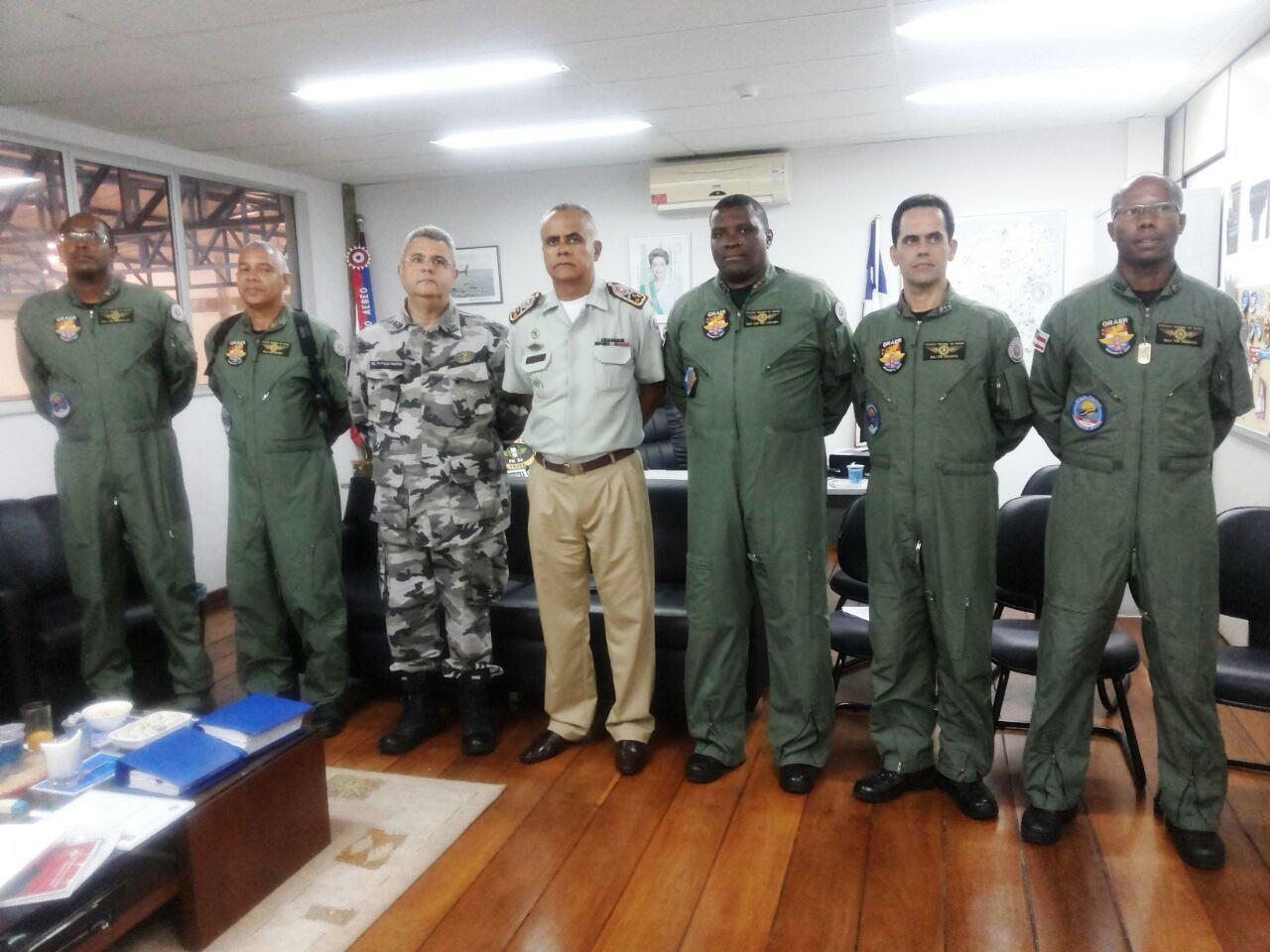 Comando Geral da PMBA inspeciona estrutura do GRAer/BA