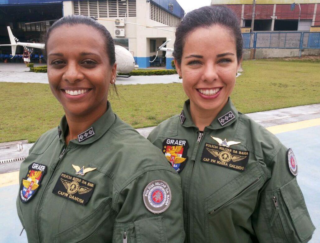CAP MAÍRA GALINDO e DANUSA são as primeiras mulheres piloto de helicóptero não só da PMBA como também de toda a Bahia.