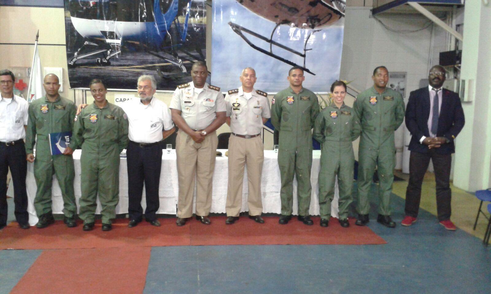 Polícia Militar da Bahia concluiu a formação de 6 novos oficiais pilotos policiais de helicóptero