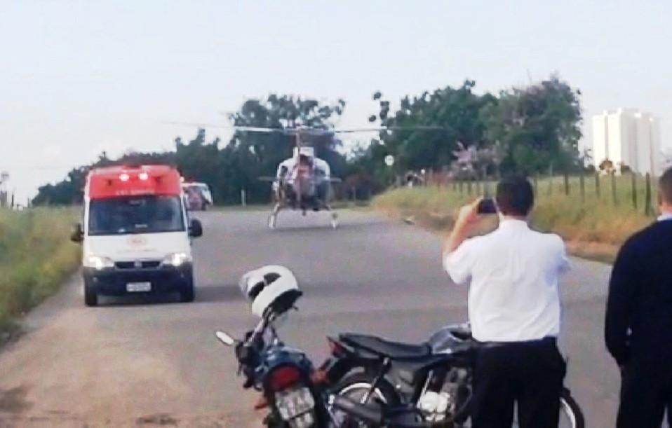 Helicóptero Águia fez resgate de esfaqueado (Lucas Ferreira Machado/ Vanguarda Repórter)