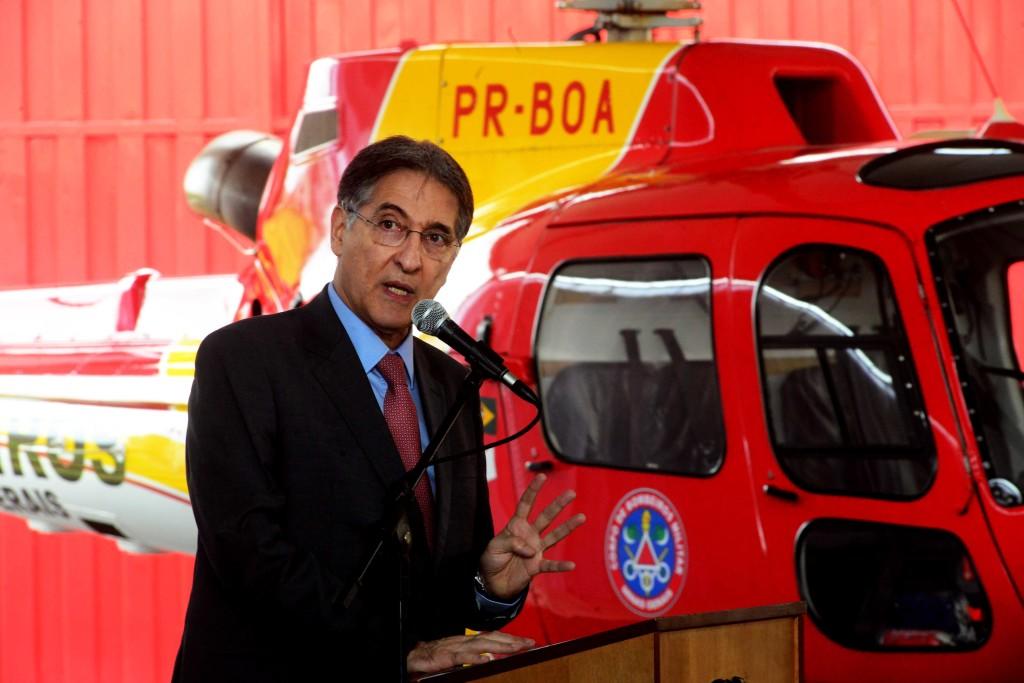 Governador entrega helicóptero para resgates no Sul de Minas