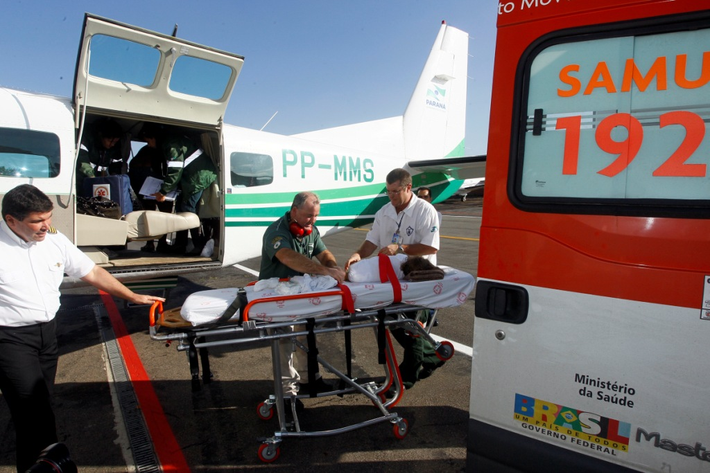 Em cinco anos, Serviço aeromédico do Governo do Paraná faz 4.478 atendimentos. Foto: Arquivo/ANPr Foto: ORLANDO KISSNER