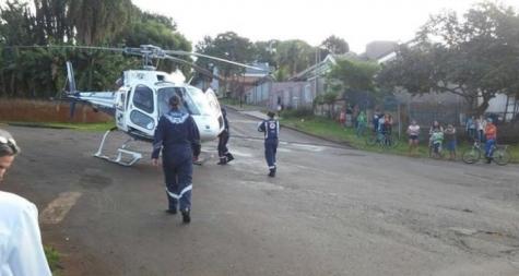 Helicóptero do Samu pousa na rua para resgatar bebê