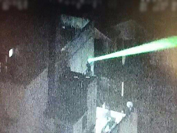 Ministério Público denuncia agente da EPTC que apontou laser contra helicópteros em Porto Alegre