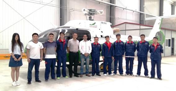 Instrutor do Centro de Treinamento da Helibras ministra curso na China