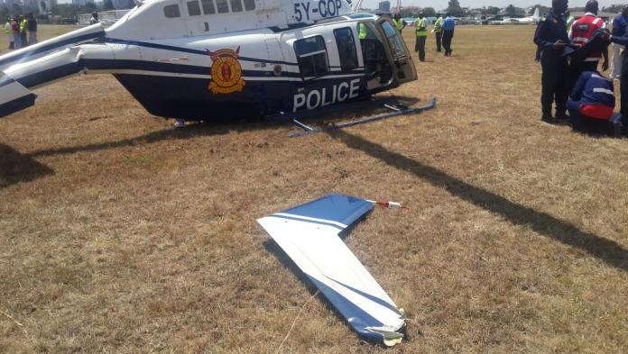 Dois policiais ficam feridos após helicóptero fazer pouso forçado em aeroporto de Nairobi