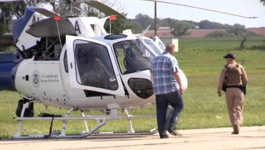 Helicóptero do CBP americano é atingido por disparos