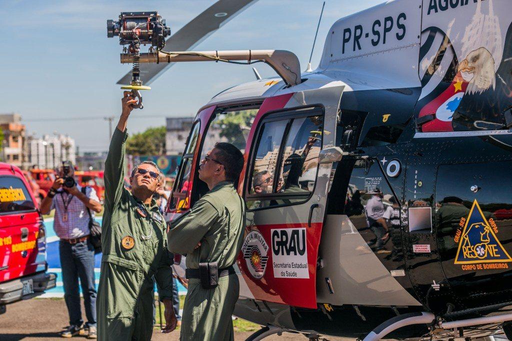 O governador Geraldo Alckmin durante entrega de aeronave ao Grupo de Resgate e Atenção as Urgências e Emergências (GRAU), grupo especializado no resgate médico estadual