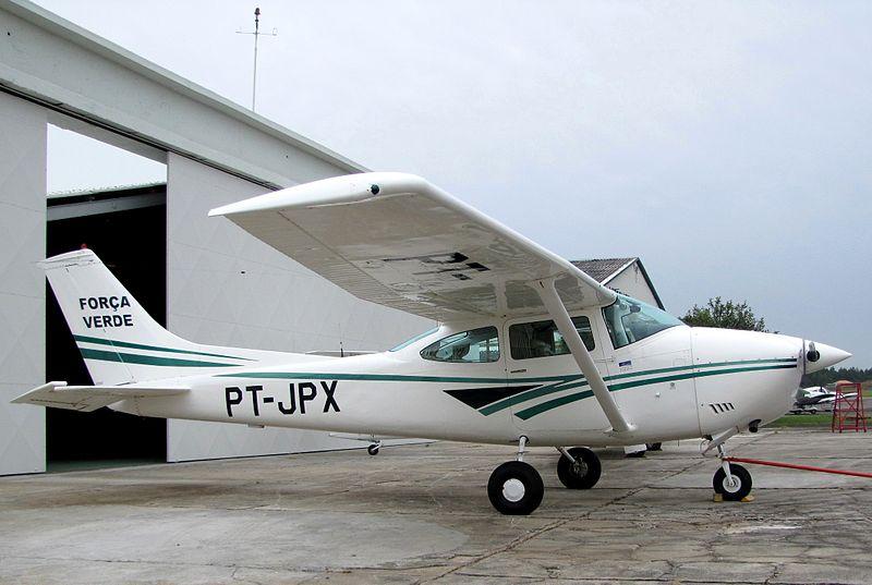 800px-aeronave_da_forca_verde