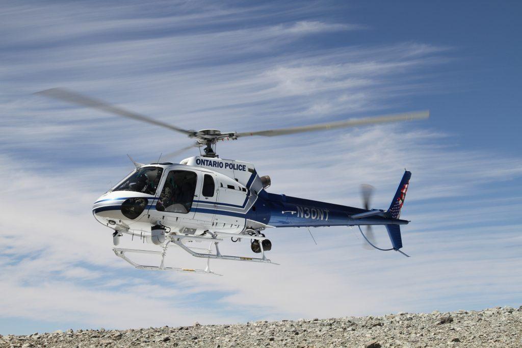 Helicóptero AStar do Departamento de Polícia de Ontario