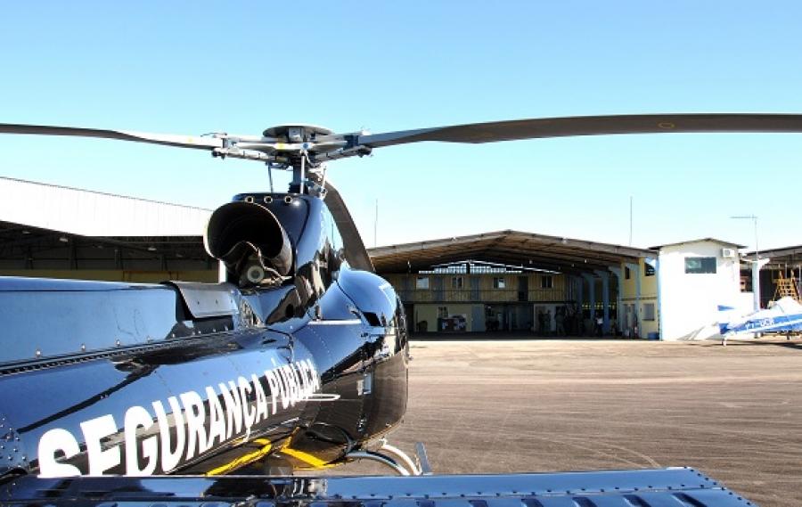 Governo entrega dois helicópteros e um hangar às forças de Segurança Pública