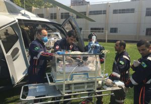 Recém-nascida com cardiopatia complexa é transportada para Londrina de helicóptero