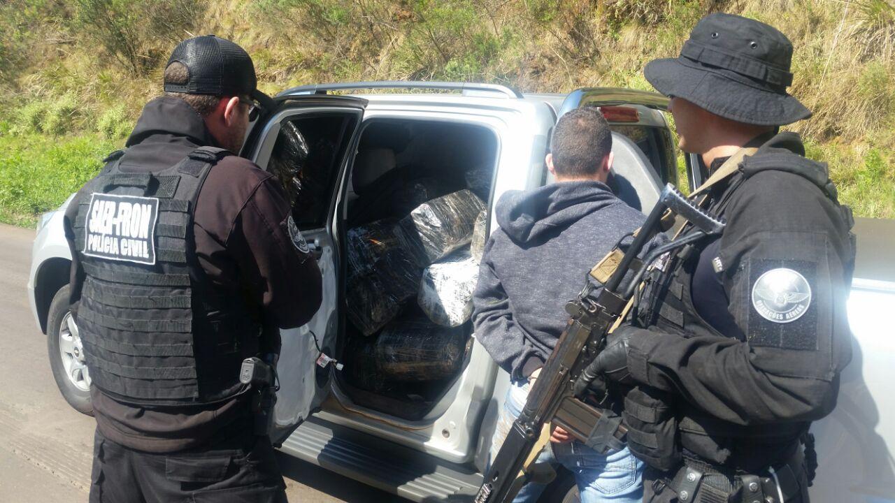 Ação conjunta da Polícia realiza prisões e grande apreensão de maconha