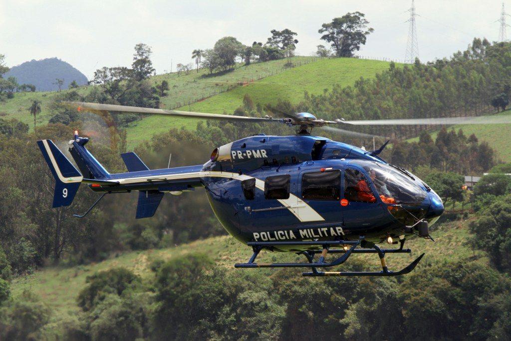 A Polícia Militar do Estado do Rio de Janeiro operou seu primeiro helicóptero biturbina, um EC145