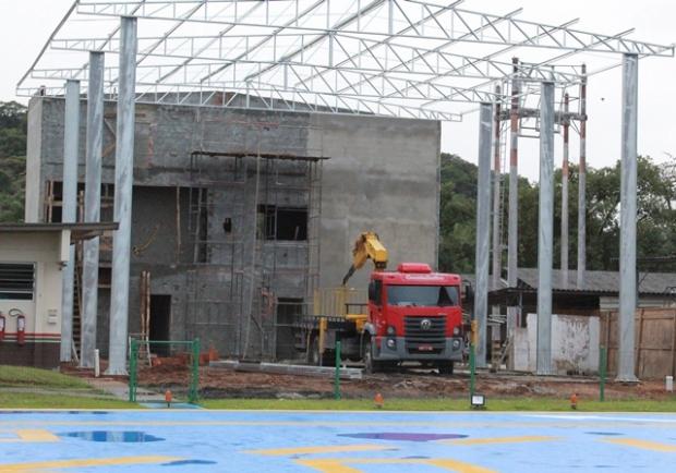 A construção deve reduzir os custos em manutenção com o Águia, porque deixará de estar exposto às condições climáticas
