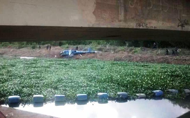 Helicóptero do GAM/PMERJ cai na área da Cidade de Deus, Rio de Janeiro/RJ