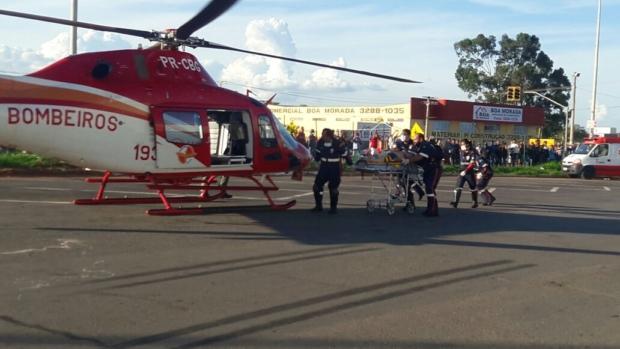 Helicóptero Bombeiro 01 resgata motociclista ferido na GO-040