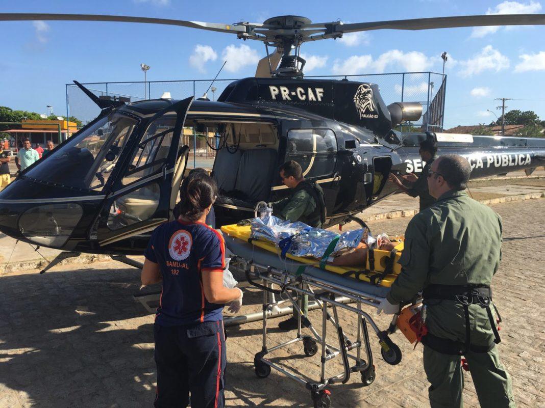 Falcão 03 e 05 são utilizados para o resgate de vítmas em acidente automobilístico em Coruripe/AL