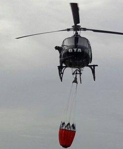 GTA do Amapá treina técnica de combate a incêndio florestal com emprego do Bambi Bucket