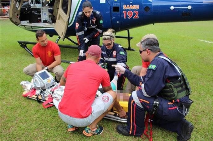 Helicóptero do Samu de Maringá salva a vida de vítima de infarto