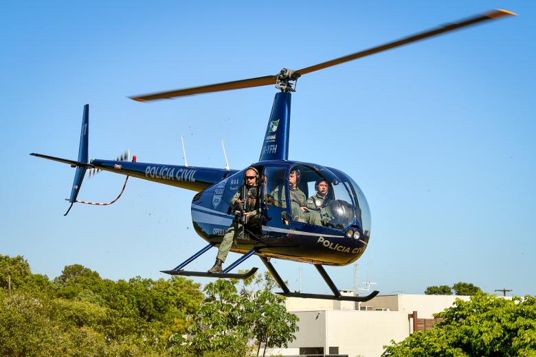 Helicóptero da Polícia Civil vai reforçar patrulhamento no Lago de Itaipu
