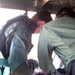 Águia 01 faz resgate duplo na praia do Capri em São Francisco do Sul