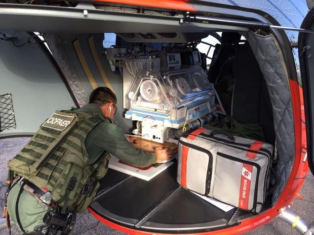 EC145 da Ciopaer transporta recém-nascido de Iguatu para Hospital de Sobral (Foto: Ciopaer/Divulgação)