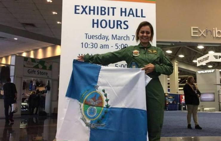 Ten Cel PM Clarisse representou a Polícia Militar do Estado do Rio de Janeiro na HeliExpo 2017.