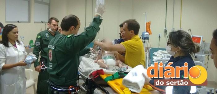 Bebê foi transferido em um helicóptero da Paraíba para um hospital no Ceará (foto: Diário do Sertão)