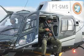 Policiamento aéreo em Campo Grande é adiado por pelo menos uma semanaDemora no fornecimento de peças atrasou a entrega em uma semana 1 ABR 2017Por RENAN NUCCI07h:00 Helicóptero será empregado no policiamento na Capital - Paulo Ribas / Correio do Estado